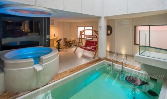 Imagen del Love Hotel Pasadena Hotel & Villas