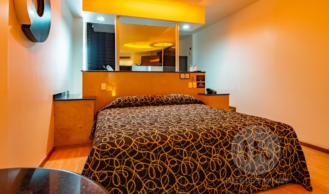 Habitaciòn Torre Jacuzzi VIP Masaje del Love Hotel Pasadena Hotel & Villas