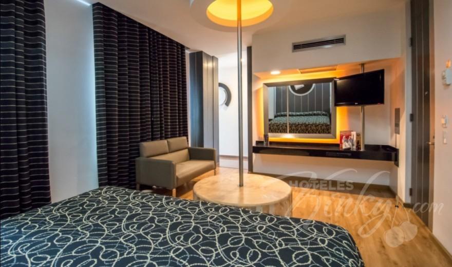 Love Hotel Pasadena Hotel & Villas , Habitacion Torre SPA