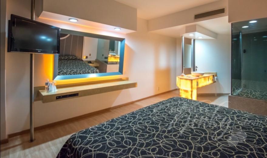 Love Hotel Pasadena Hotel & Villas , Habitacion Torre VIP