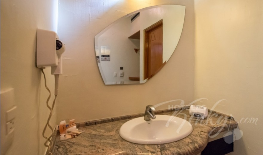 Habitaciòn Villa Junior del Love Hotel Pasadena Hotel & Villas