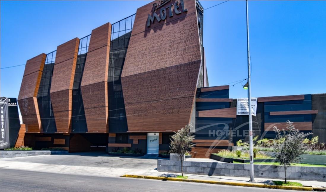 Love Hotel Picasso Circuito