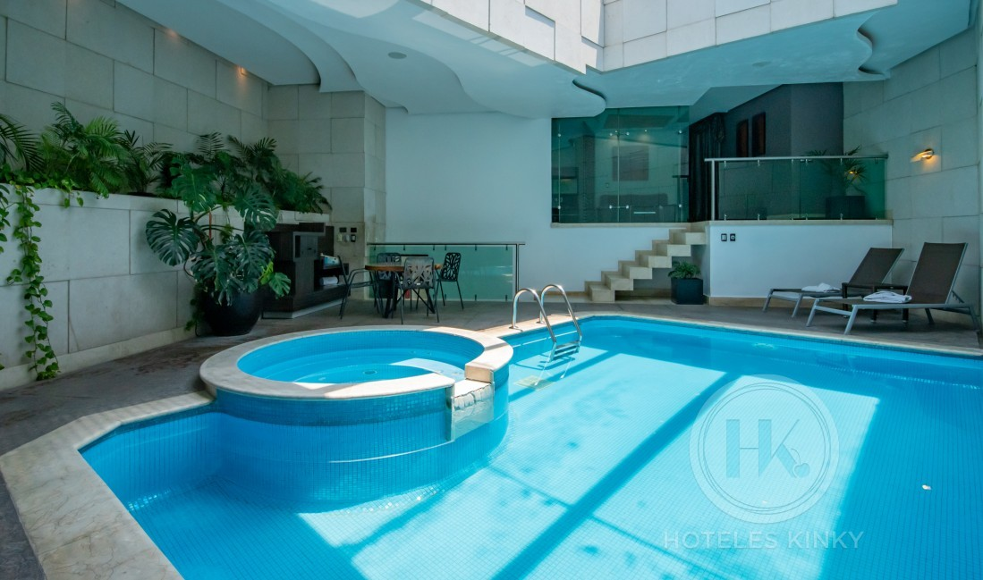 Love Hotel Picasso Periférico Tláhuac, Habitación Alberca