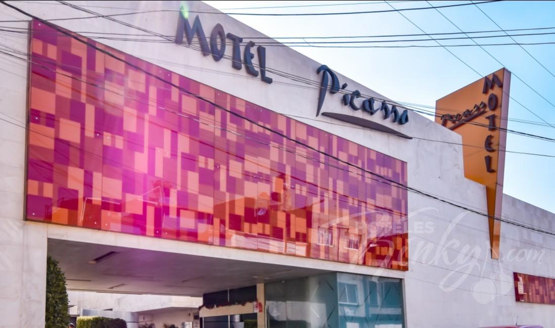 Love Hotel Picasso - Toluca
