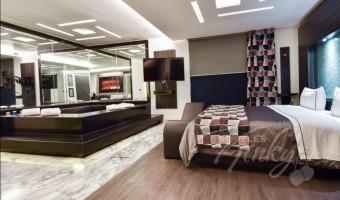 Love Hotel Picasso Toluca, Habitación Jacuzzi