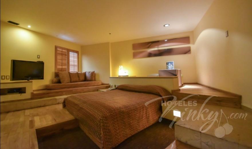 Love Hotel Pirámides Narvarte, Habitación Suite Jacuzzi