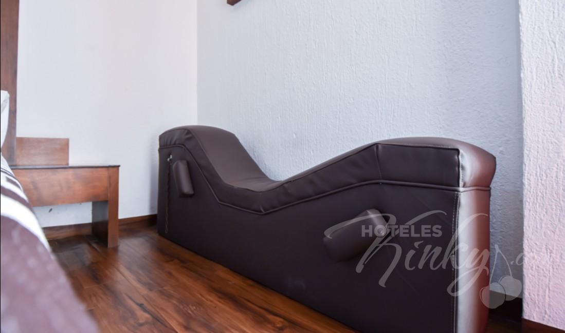 Love Hotel Pistolas, Habitacion Villa Sencilla