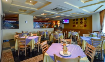 Love Hotel Plaza Camarones Hotel & Villas