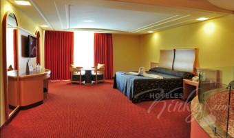 Love Hotel  Plaza del Rey Hotel & Villas, Habitacion Terraza Jacuzzi