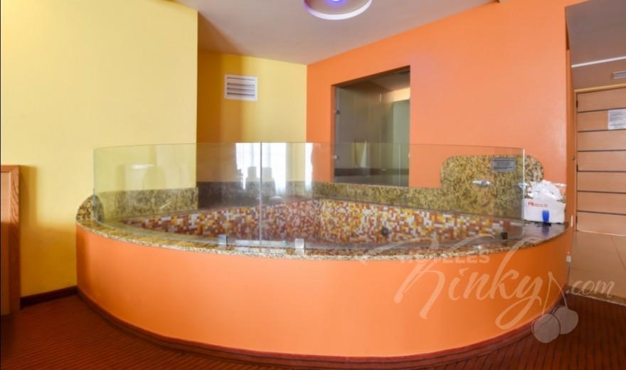 Habitaciòn Terraza Jacuzzi del Love Hotel Plaza del Rey Hotel & Villas