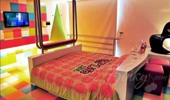 Love Hotel Pop Life, Habitación Sencilla Torre