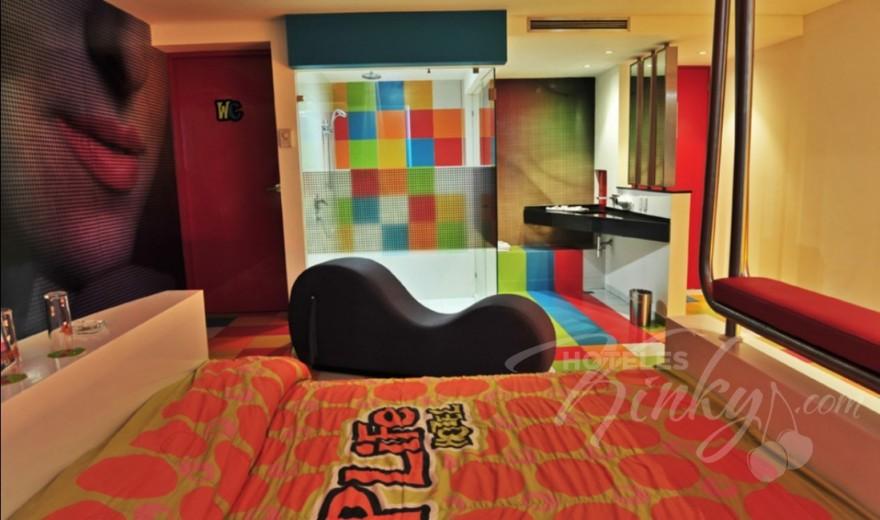 Love Hotel Pop Life, Habitacion Sencilla Torre