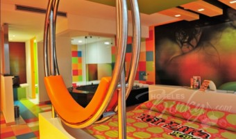 Love Hotel Pop Life, Habitacion Villa Suite Jacuzzi