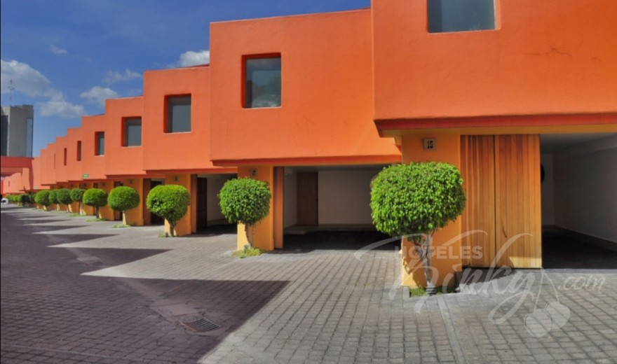 Love Hotel Villa Pórticos