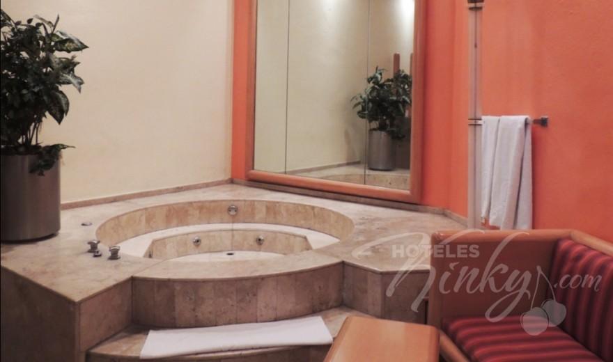 Love Hotel Villa Pórticos, Habitacion Suite Jacuzzi