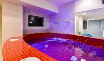 Love Hotel Quinto Elemento , Habitacion Suite Presidencial