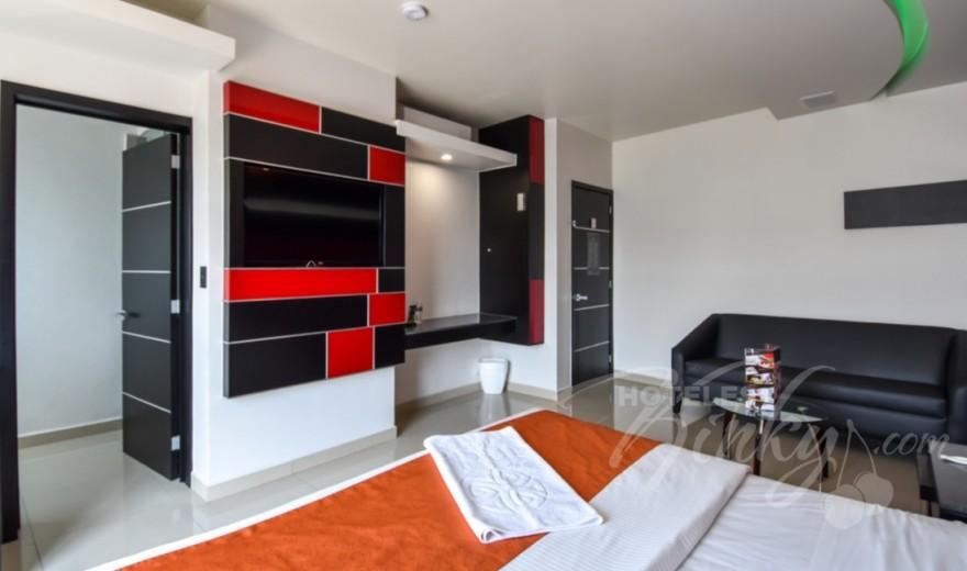 Love Hotel Red Mandala Hotel & Suites, Habitacion Villa Agra