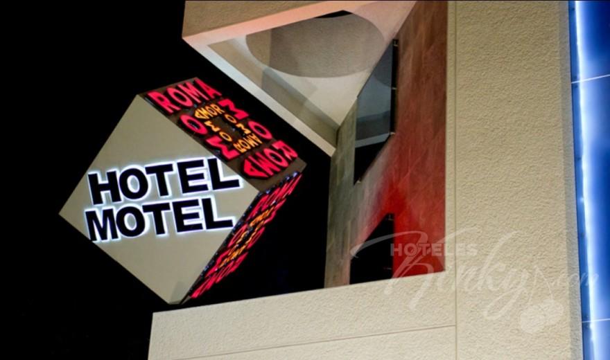 Love Hotel RomAmor
