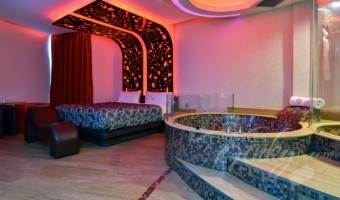 Love Hotel RomAmor, Habitacion Jacuzzi Motel