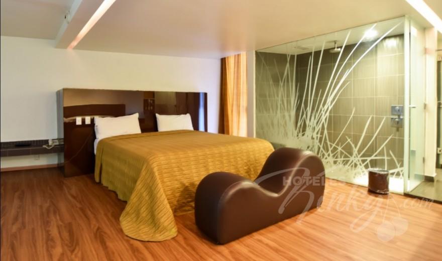 Love Hotel Sara, Habitación Suite con Jacuzzi