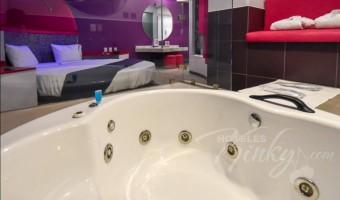 Love Hotel Hotel y Villas Sfera, Habitacion Villa Jacuzzi