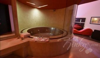 Love Hotel Skala Nova Villas & Suites, Habitación Master Jacuzzi