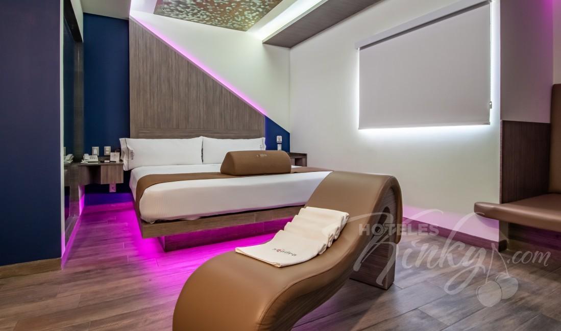Love Hotel Sqadra, Habitación Torre Sencilla