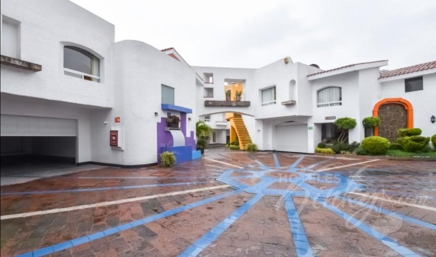 Love Hotel Suites Las Fuentes