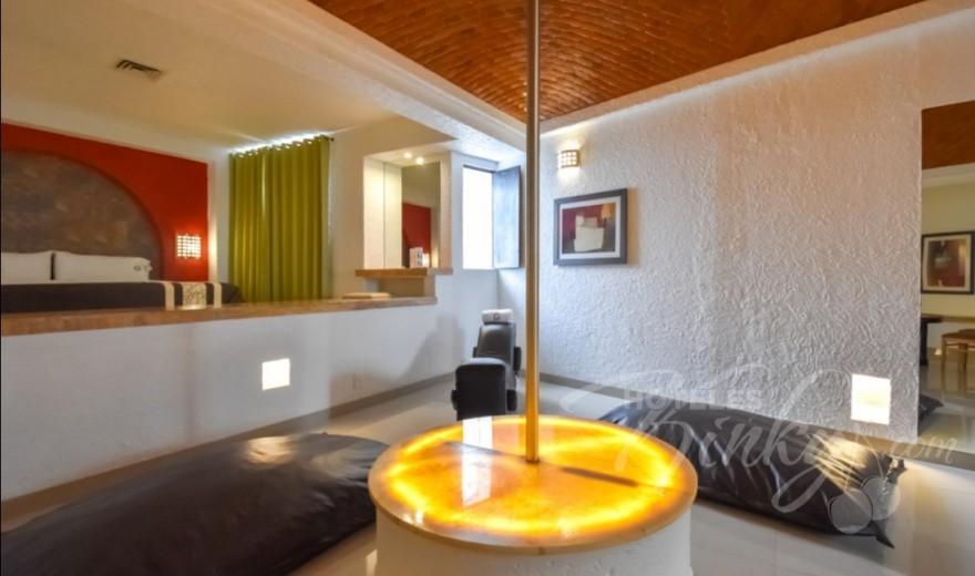 Love Hotel Suites Las Fuentes, Habitacion Master T