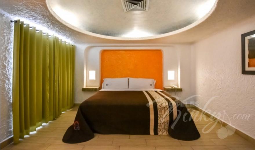 Love Hotel Suites Las Fuentes, Habitacion Torre