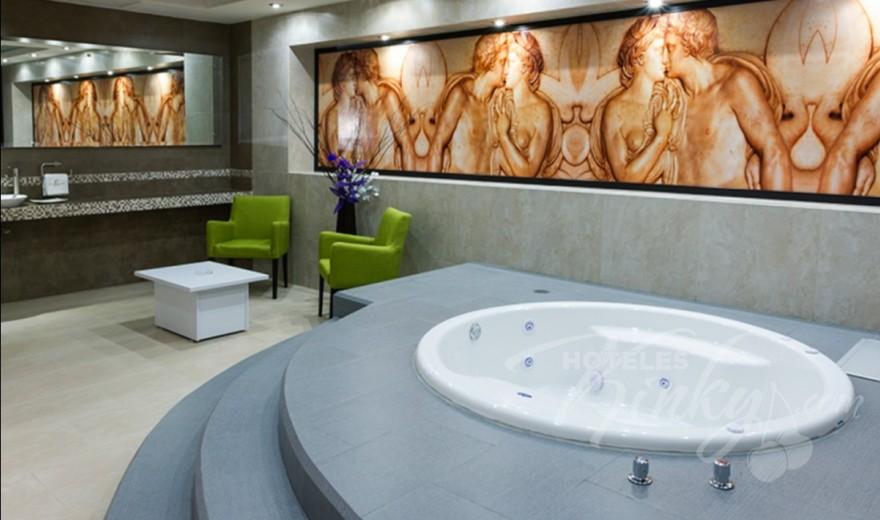 Love Hotel The Paradise, Habitacion Roma