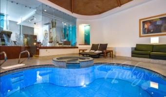 Love Hotel Suites & Villas Tikal, Habitación Suite Alberca