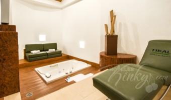 Love Hotel Suites & Villas Tikal, Habitación Villa Jacuzzi