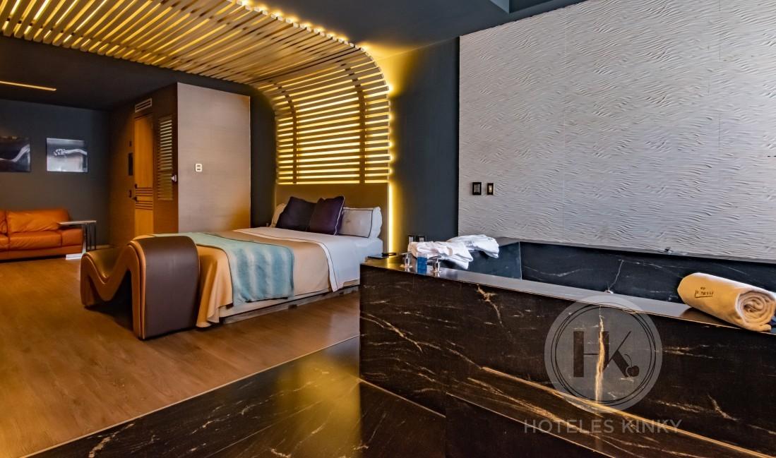 Love Hotel Picasso Lerma , Habitacion Jacuzzi
