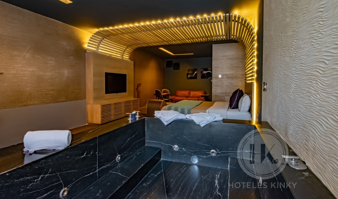 Habitaciòn Jacuzzi del Love Hotel Picasso Lerma