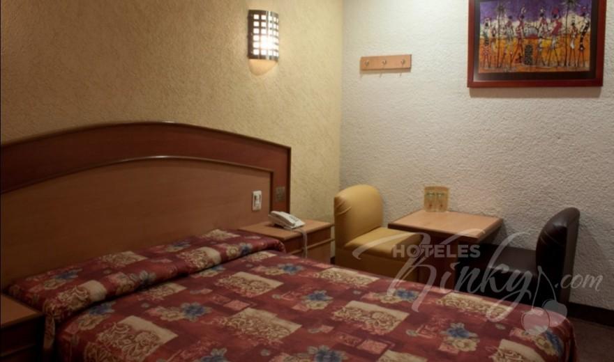 Love Hotel Tres Colonias, Habitacion Matrimonial