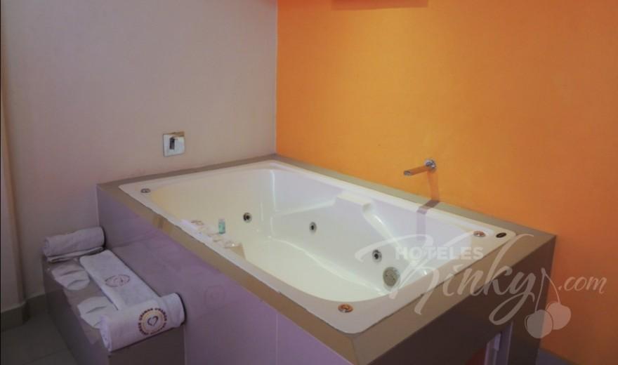 Love Hotel UnAmor Hotel & Suites, Habitacion Villa Jacuzzi