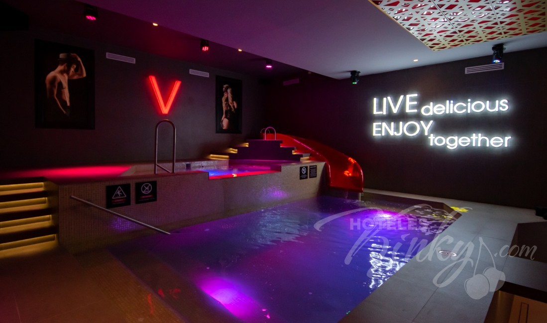 Love Hotel V Motel Boutique Periférico Norte , Habitacion Pool Party Room