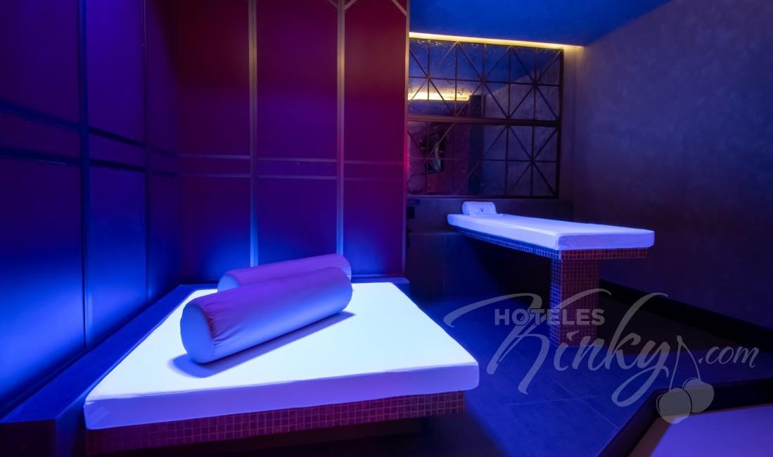 Habitaciòn Pool & Spa Suite  del Love Hotel V Motel Boutique Periférico Norte