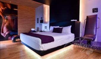 Love Hotel V Motel Boutique Sur, Habitacion Pool & Spa