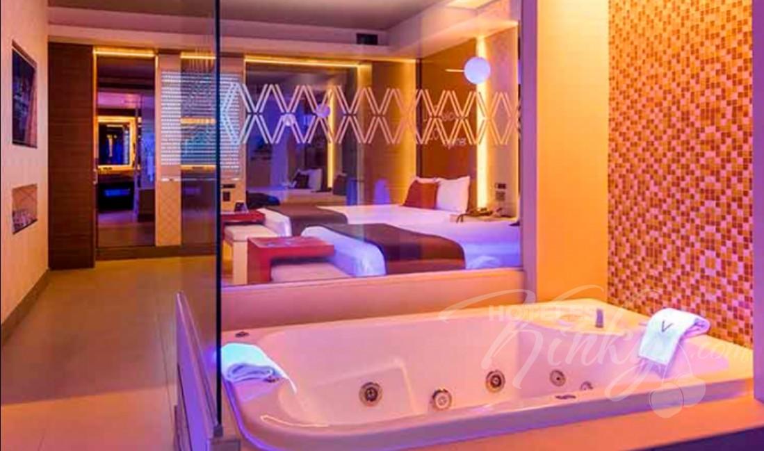 Love Hotel V Motel Boutique Viaducto, Habitacion Pool Villa