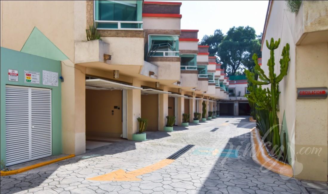 Love Hotel Verona Hotel & Suites