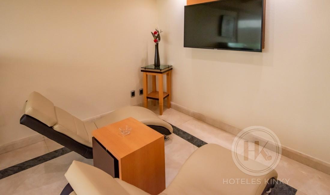 Habitaciòn Suite Jacuzzi del Love Hotel VP Armas