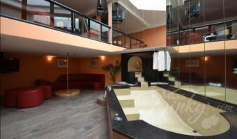 Love Hotel Villa Izcalli, Habitación Jacuzzi Master