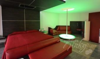 Love Hotel Villa Izcalli, Habitación Jr. Suite