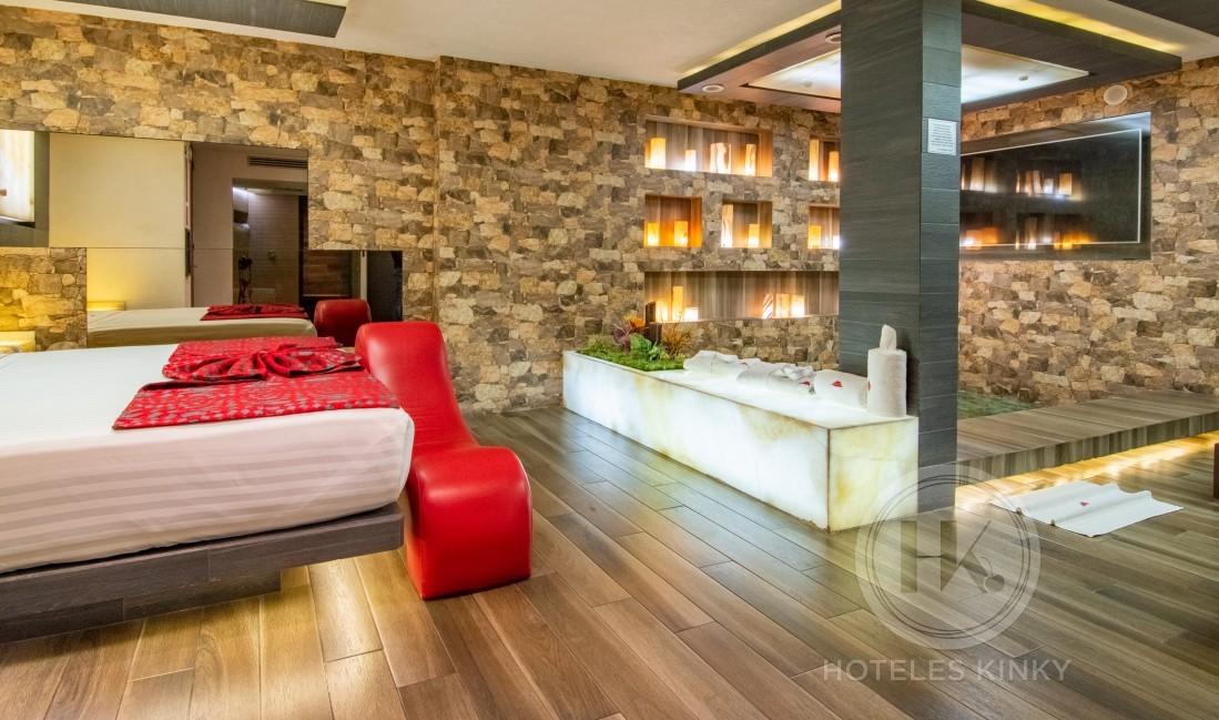 Habitaciòn Master del Love Hotel VP New - La Raza